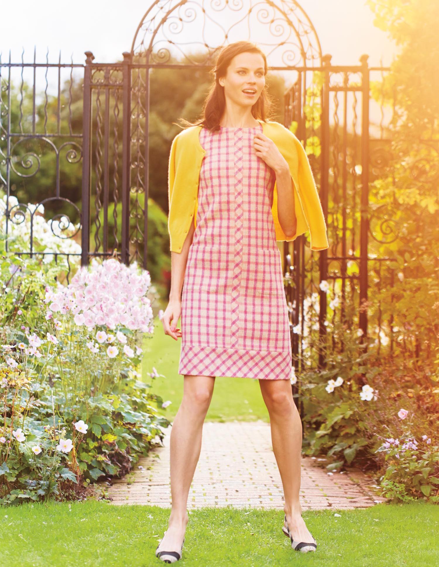 dfe8b166e16 Retro Pattern Dress